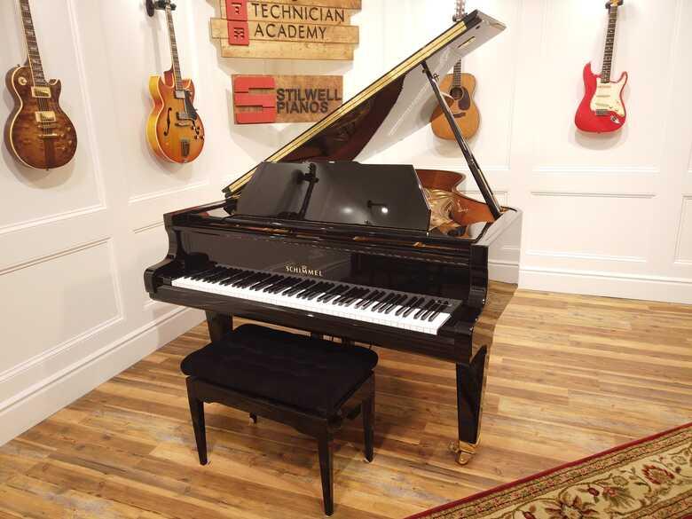 Schimmel 208 Grand Player piano