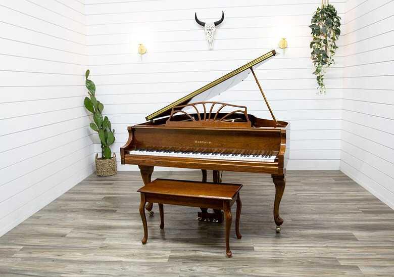 Baldwin Classic Petite Baby Grand Piano