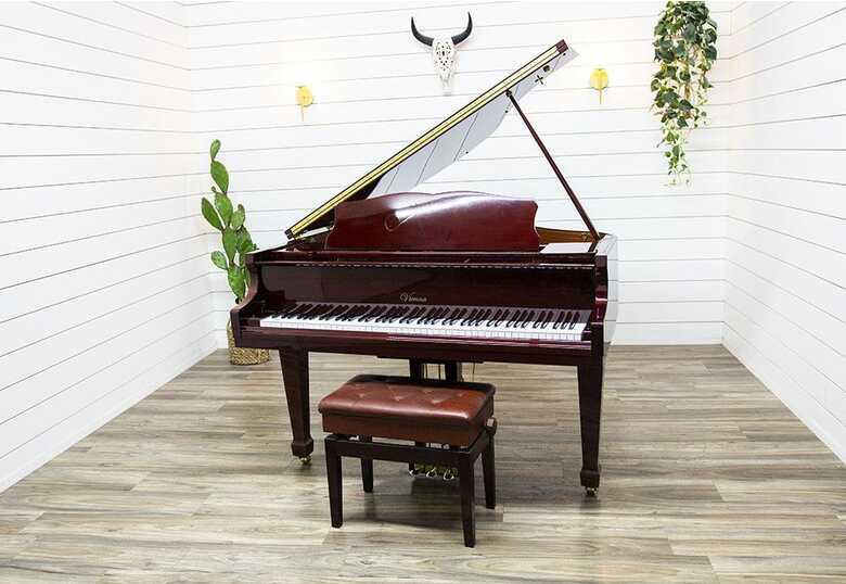Vienna V-140 Petite Baby Grand Piano