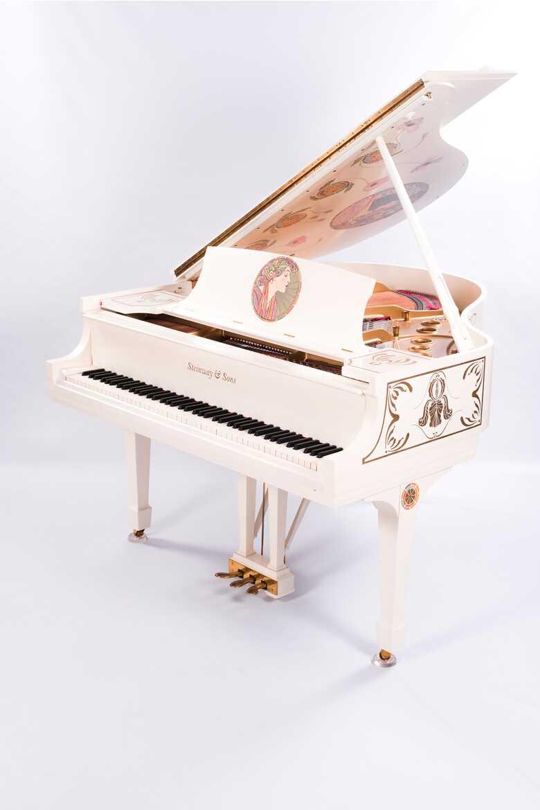 Steinway Model S Art-case Art-Nouveau Alphonse Mucha style