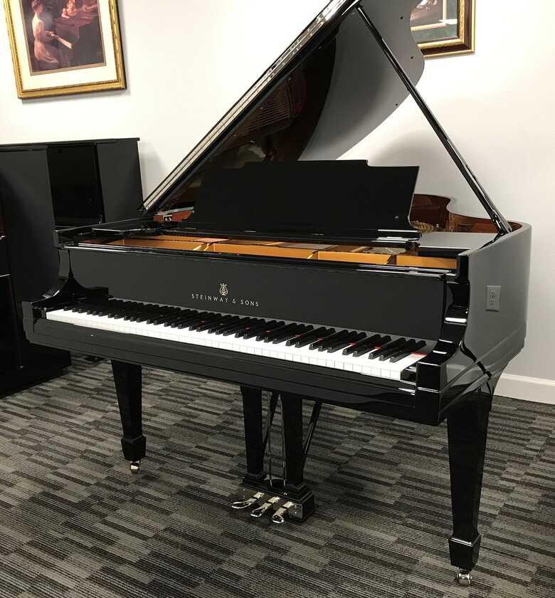 Steinway Model M Grand Piano - US Delivery Picarzo Pianos