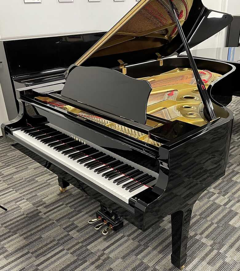 """Yamaha C7 7'4"""" Grand - Nationwide Delivery - Picarzo Pianos"""