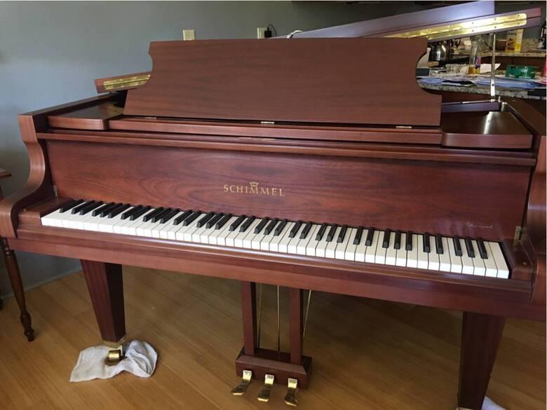 1991 Schimmel 174T Grand Piano, Satin Mahogany