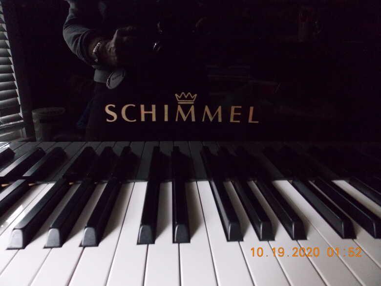 Schimmel grand piano - Model 205