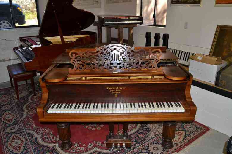 Steinway A - new strings - rare and beautiful