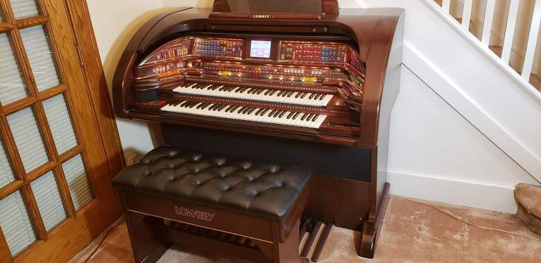 Lowrey Stardust SU530 Home/Theater Organ