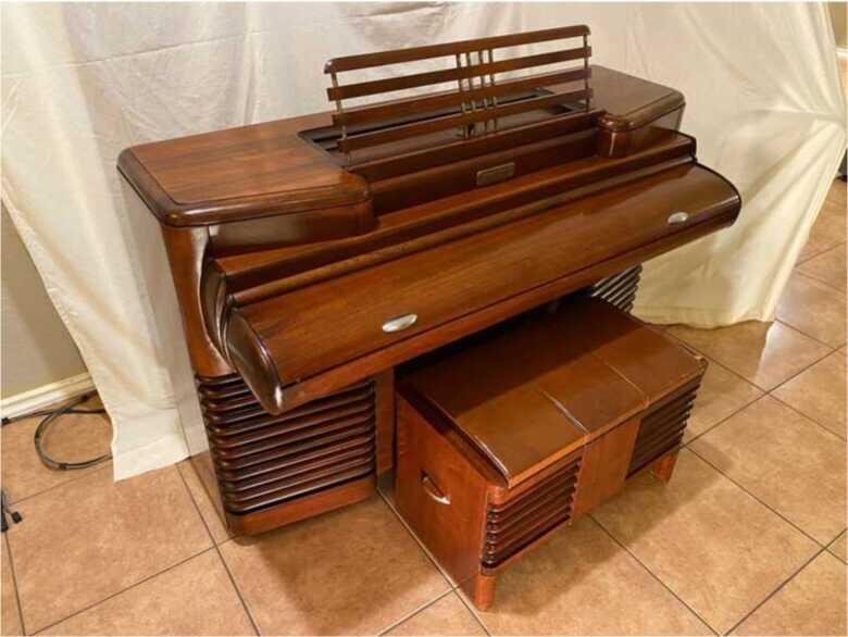 Storytone Piano - 1939 Worlds Fair - Story & Clark / RCA