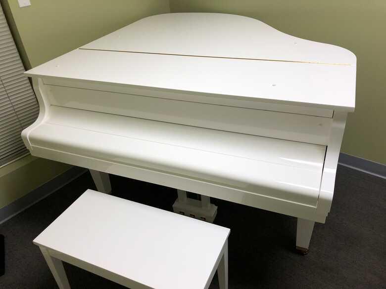 Brand New K.KAWAI Grand Piano GL-10