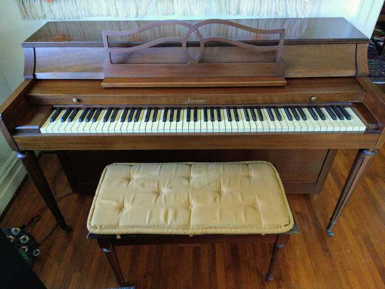 Acrosonic (mfr'd. by Baldwin) upright piano for sale