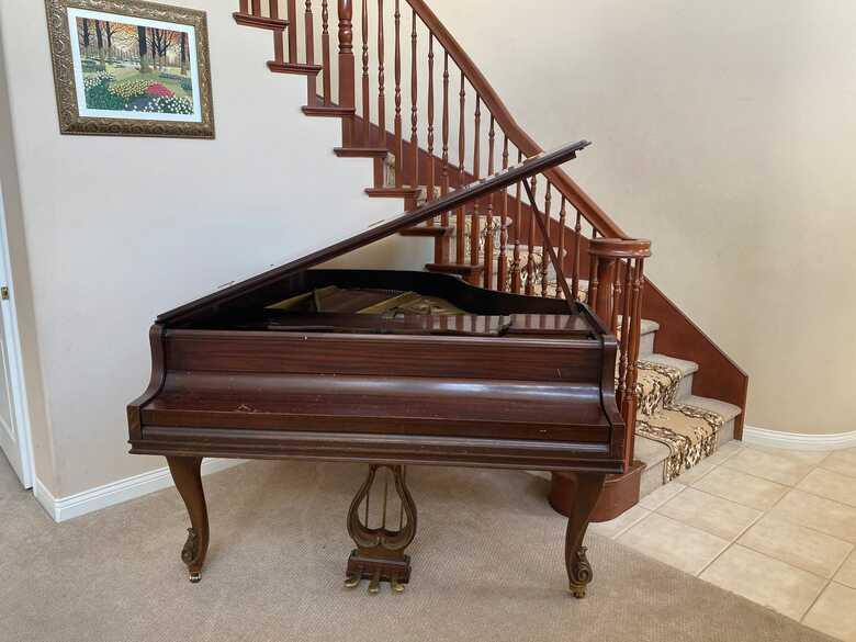 KNABE BALTIMORE BABY GRANDE ANTIQUE PIANO