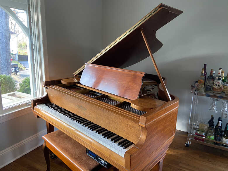 Fully Reconditioned Chickering w/ PianoDisc