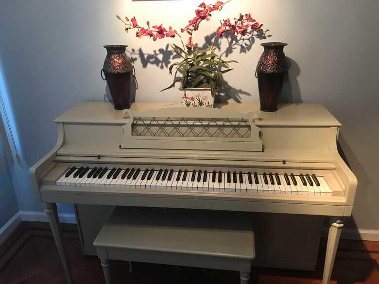 Beautiful Wurlitzer upright piano