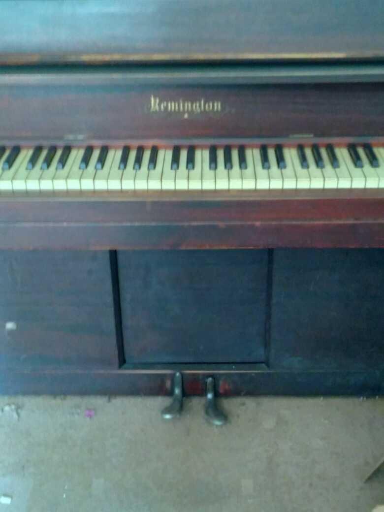 Remington Player Piano 1920's- 1930's
