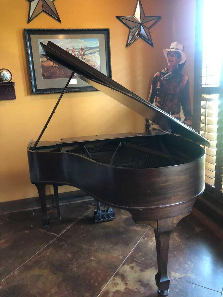 1925 Kranich and Bach antique