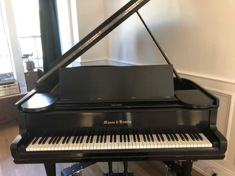 Mason and Hamlin grand piano c.1907