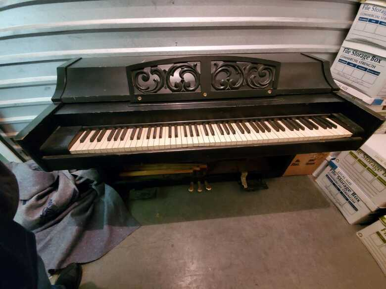 1960 Baldwin Spinet Piano