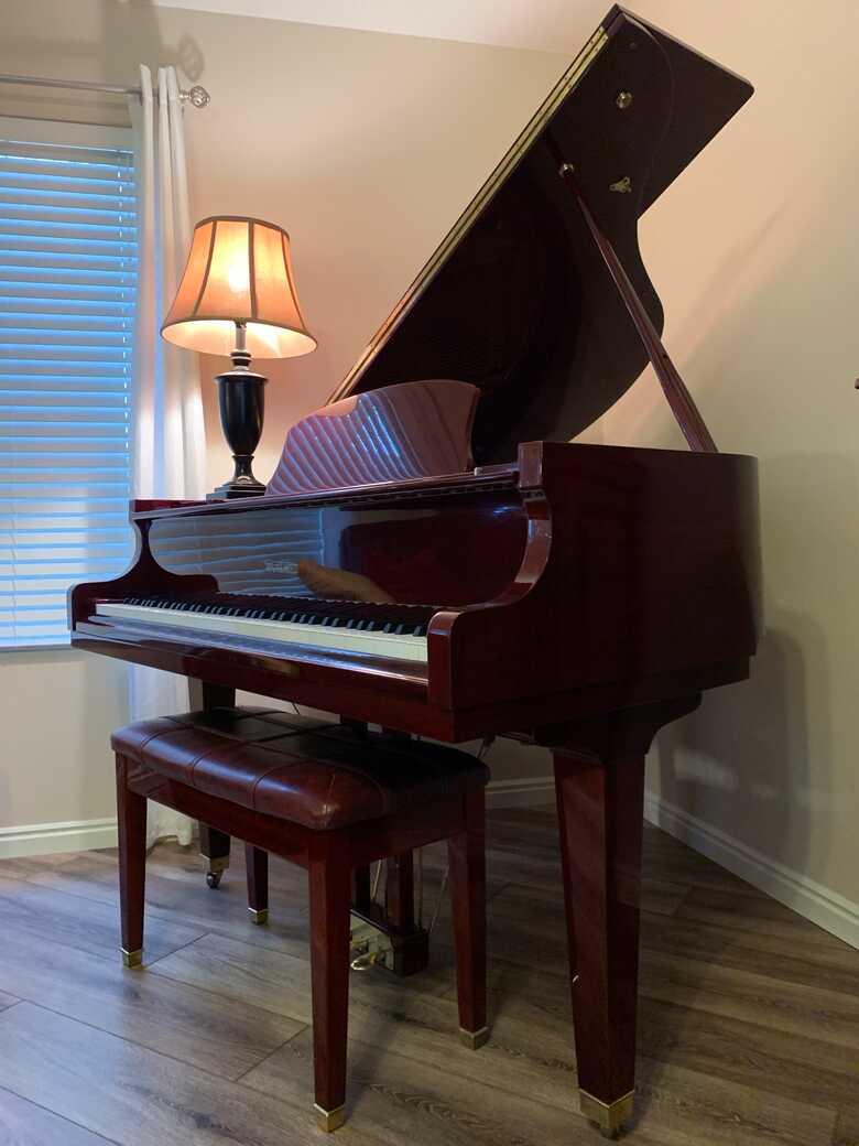 Grand Piano Utah