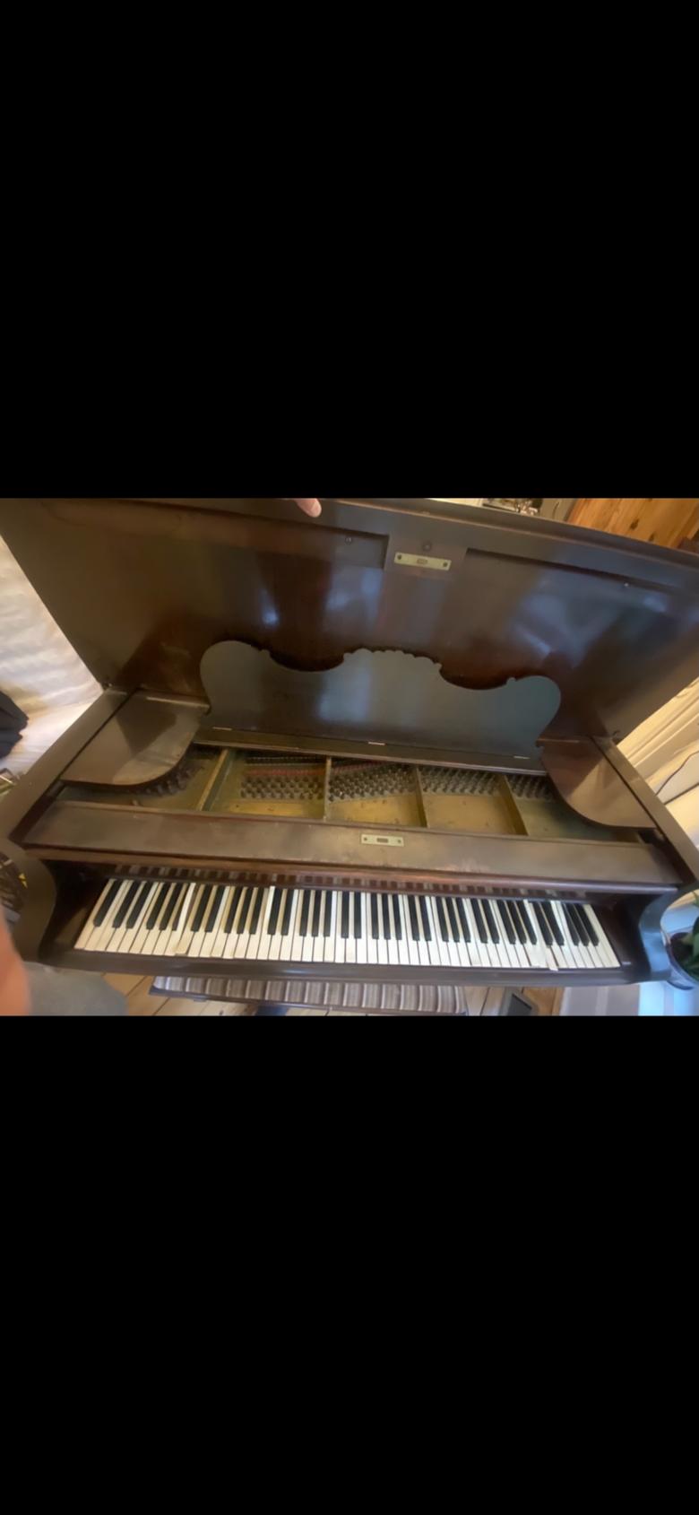 Grand piano 1890 Knabe