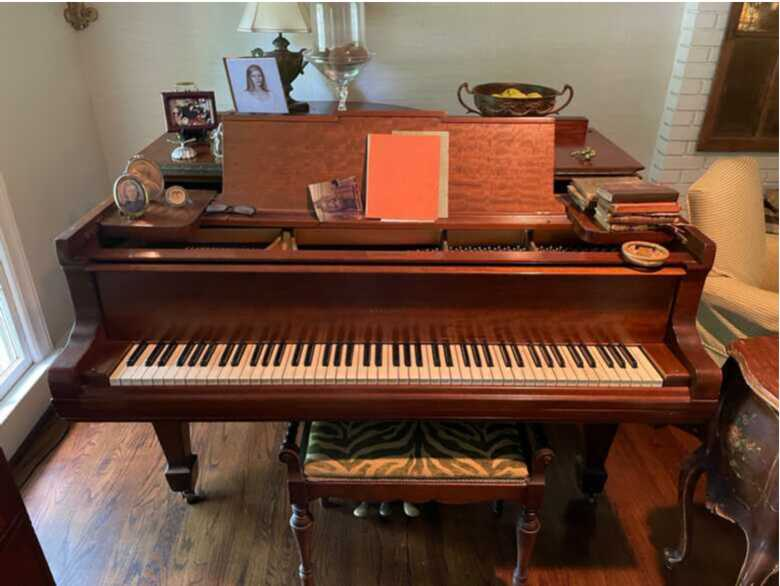Haddorff Grand in Excellent Condition
