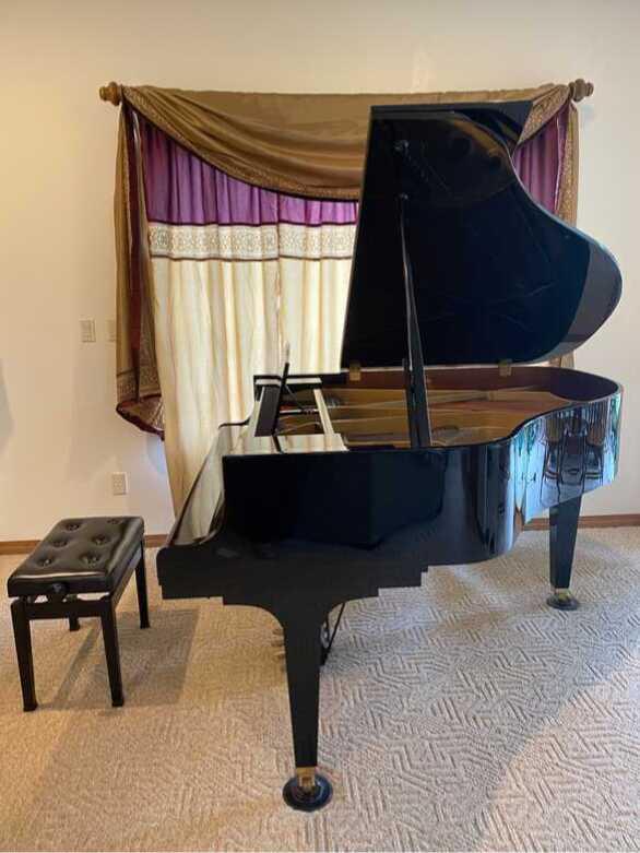 Kawai GE-30 grand piano