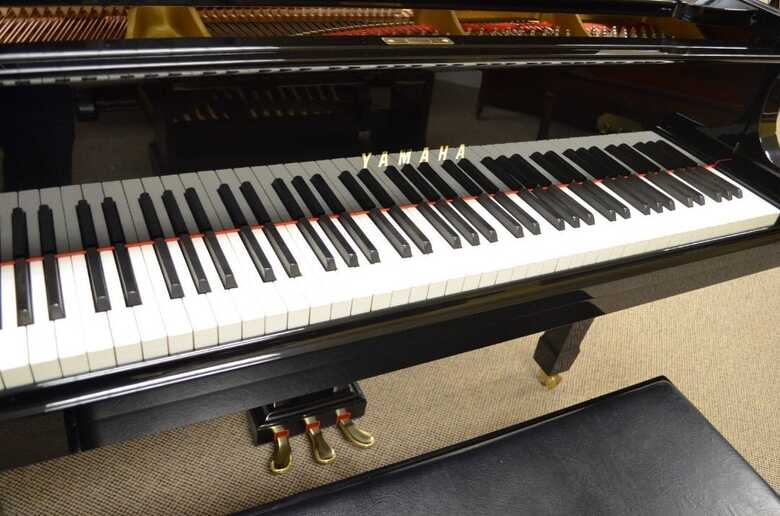 Yamaha Grand Baby Piano For Sale