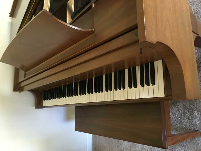 1978 Steinway & Sons Baby Grand