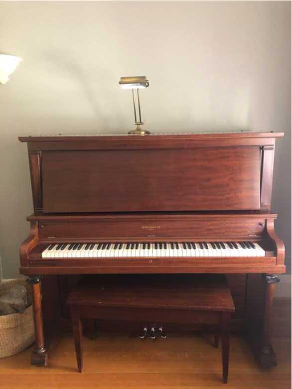 Heintzman & co upright 1916 amazing condition musically