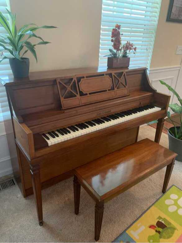 Beautiful Kohler & Campbell Piano
