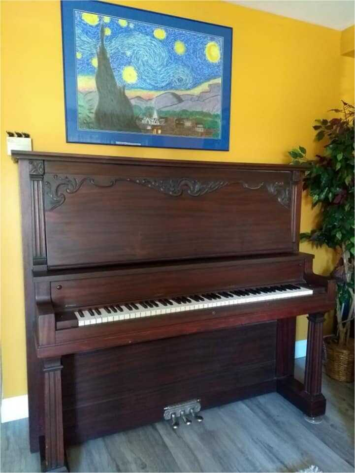 1909 Tryber Chicago Upright Piano