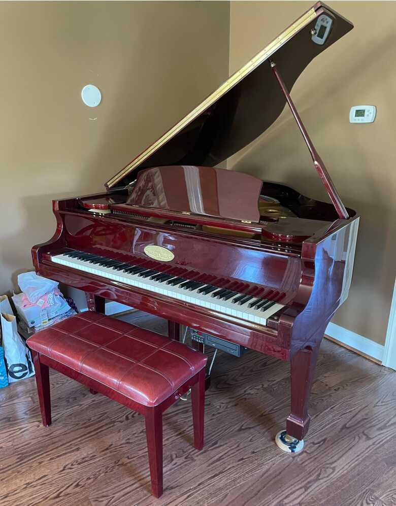 Stunning Baby Grand piano
