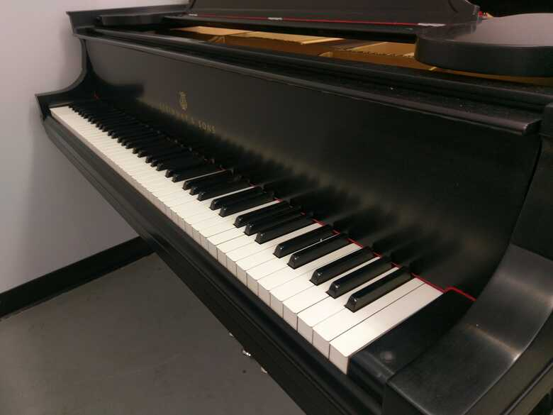 Steinway & Sons Model B w/PNO3 Player and Music Library