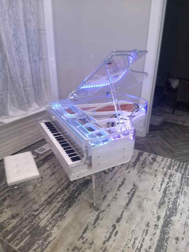 Grand Piano Handcrafted transparent Crystal Grand Piano VS1