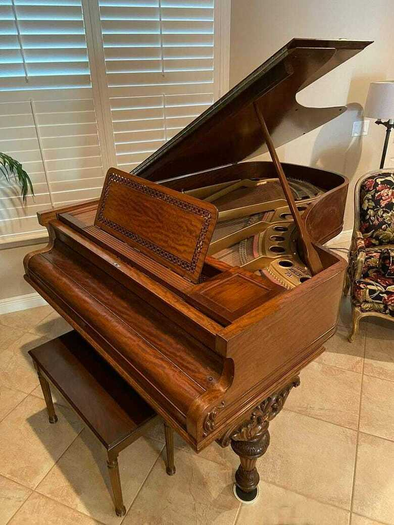 Majestic art case grand piano & steinway key felt cover