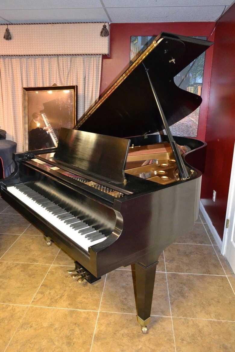 Baldwin 7' Model SF10 semi concert grand piano & Yamaha c7 S