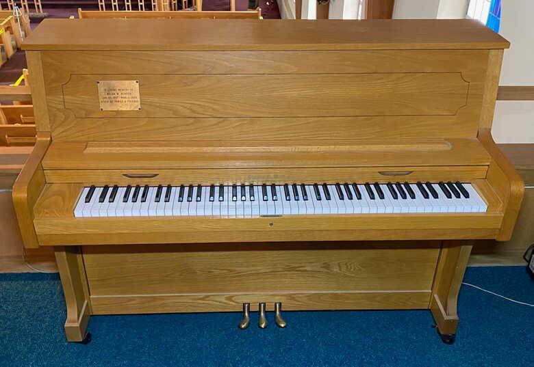 "45"" Studio Piano in Excellent Condition"